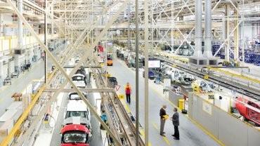 La producción de automotores retrocedió a niveles de cinco años atrás