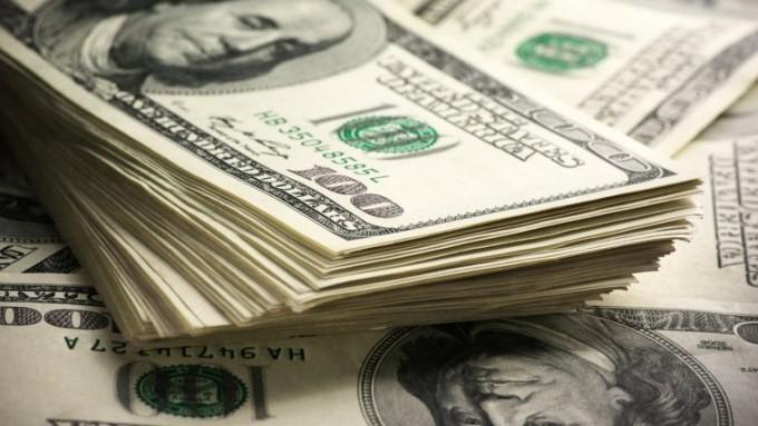 Los depósitos en dólares alcanzaron el nivel más alto en casi cuatro años