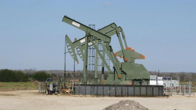 El petróleo se sigue hundiendo: tocó su menor precio desde 2003