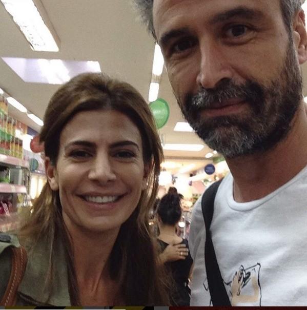 Juliana Awada salió de compras a un supermercado en el Barrio Chino