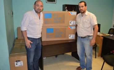 El municipio donó acondicionadores de aire al Club Sarmiento