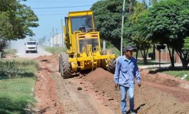 Avanza la obra de pavimentación en las calles de barrio 1º de Mayo