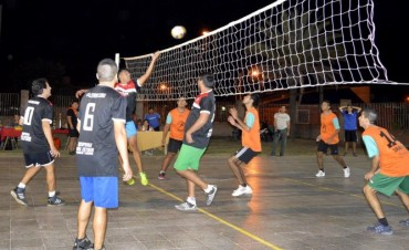 El CIC San Carlos organizó un torneo de vóley municipal de verano