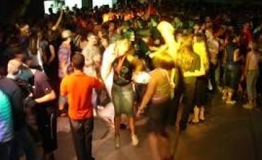 Se multará a tutores y a locales bailables por la presencia de menores alcoholizados en carnavales