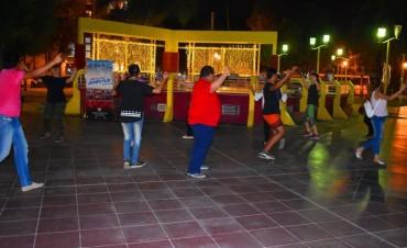 Dictan talleres gratuitos de folclore en la Plaza Belgrano