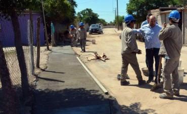 Mirolo visitó el avance de las obras de urbanización en el barrio Independencia