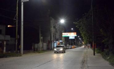 El municipio completó la instalación de luminarias LED en avenida 25 de Mayo