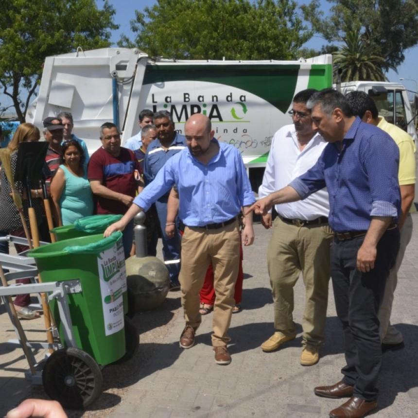 El municipio refuerza las tareas de higiene en todos los barrios bandeños