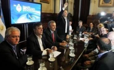 La oposición llamó a una audiencia pública