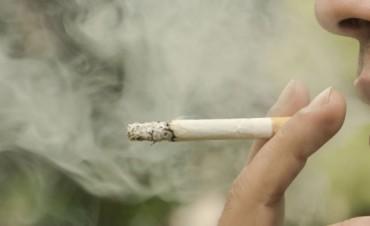Escorbuto, la enfermedad silenciosa que afecta a los fumadores