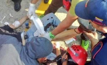 La Policía chavista reprimió una protesta opositora en Mérida: ya hay cinco heridos