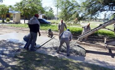 Avanza la pavimentación en las calles del barrio 1º de Mayo