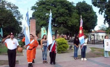 Con un emotivo acto se celebró un nuevo aniversario de la creación de la bandera nacional
