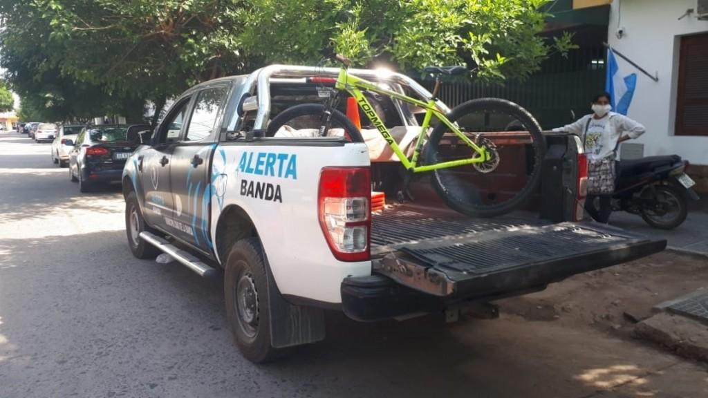 ROBÓ UNA BICICLETA, LAS CÁMARAS DE ALERTA BANDA LO IDENTIFICARON Y SE ENTREGÓ VOLUNTARIAMENTE