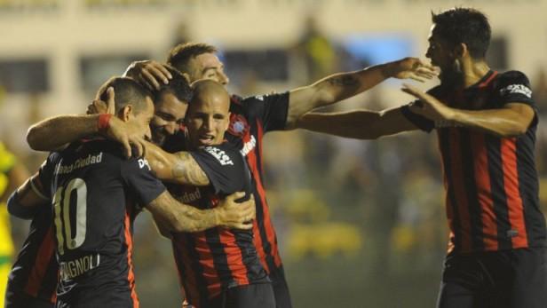 San Lorenzo recibe a Corinthians para ser líder de su grupo en un duelo que será a puertas cerradas