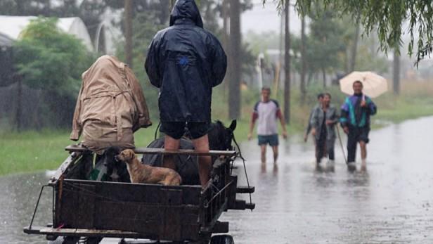 Cinco provincias están inundadas y temen que siga lloviendo