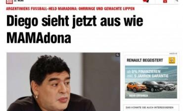 En Alemania se burlan de Maradona por pintarse los labios como si fuera mujer