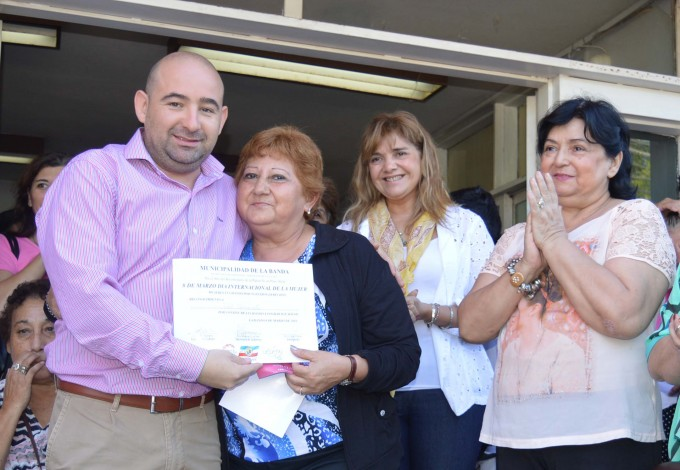 """Empleadas municipales fueron agasajadas por el """"Día de la Mujer"""""""