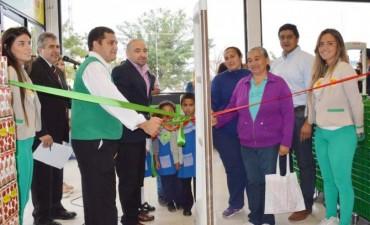 El intendente Mirolo participó de la apertura del local de Vea en la ciudad