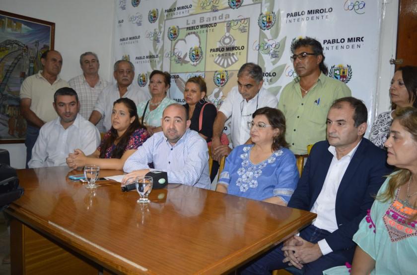 Mirolo anunció el aumento del 20% para los municipales bandeños y el blanqueo salarial para la docencia