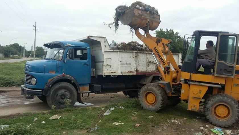 Servicios Públicos realizó operativos integrales en los barrios Río Dulce y El Tuscal