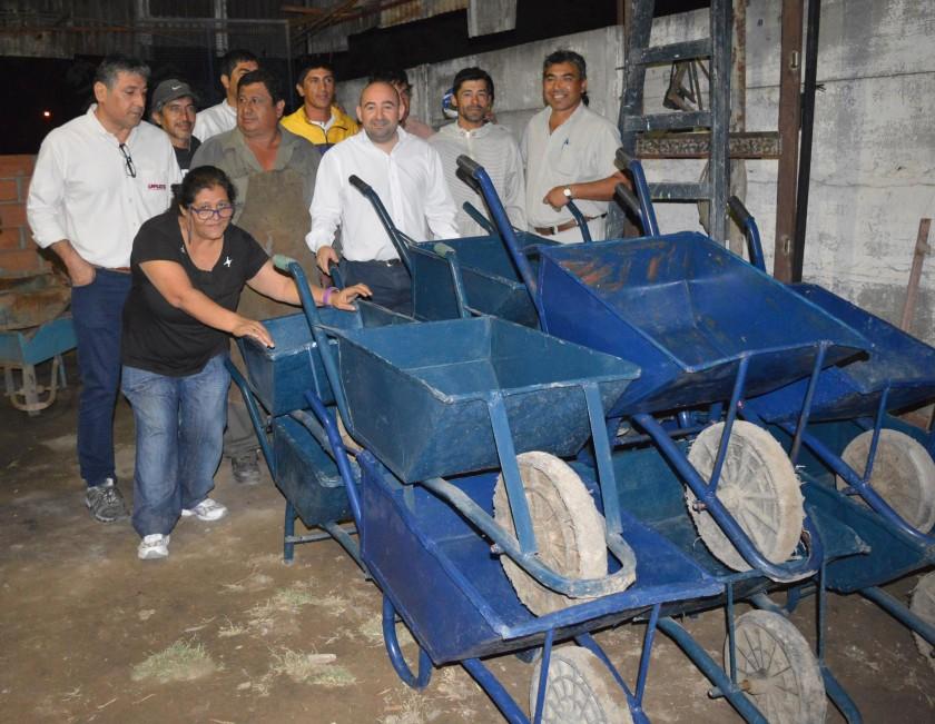 El municipio realizó un gran despliegue de limpieza en los barrios Central Argentino Viejo y Ampliación