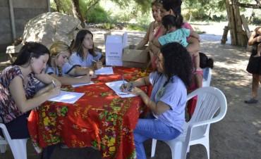 Cientos de familias del barrio La Isla fueron beneficiadas en un operativo integral de salud y asistencia social del municipio