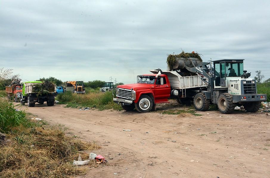 Operarios municipales recuperaron un amplio predio que había sido convertido en basural