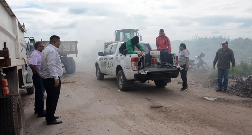 Se realizó un amplio operativo de fumigación y limpieza en el barrio Palermo