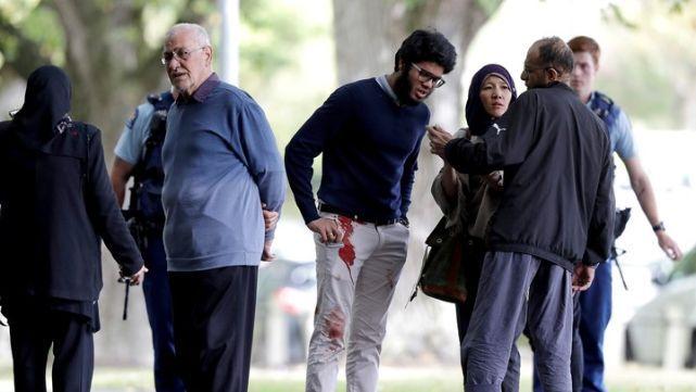 Tiroteo en mezquitas de Nueva Zelanda dejó 40 muertos: el agresor lo transmitió por Facebook