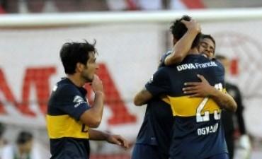 Boca se sacó de encima a Huracán y quedó como único líder del campeonato