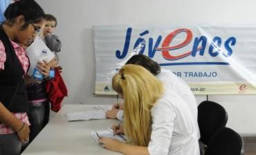 La Oficina de Empleo Municipal trabaja para insertar laboralmente a los jóvenes