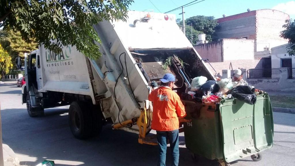La comuna realizó tareas de limpieza y desmalezamiento en distintos sectores