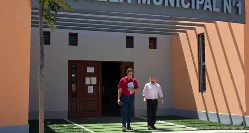 El intendente Mirolo recorrió las instalaciones de la futura Escuela Secundaria Municipal