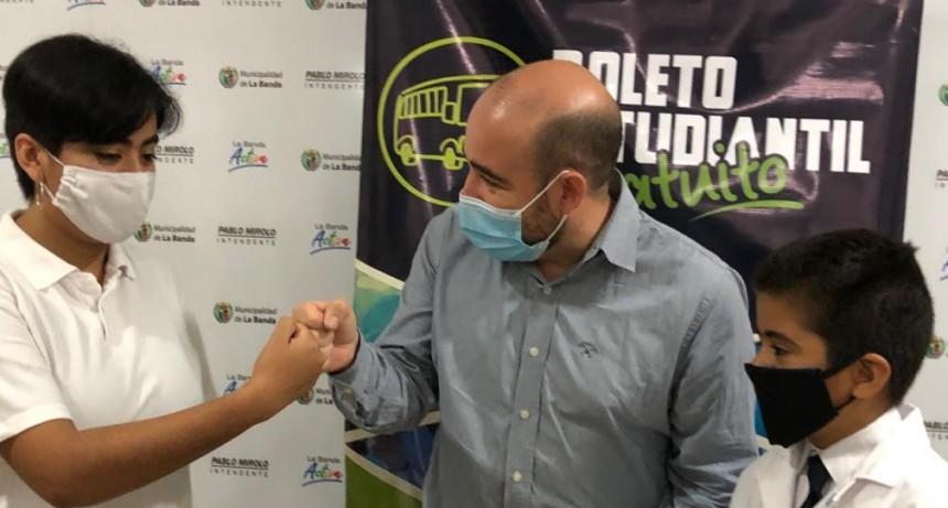 ESTUDIANTES BANDEÑOS SERÁN BENEFICIADOS CON EL BOLETO ESTUDIANTIL GRATUITO