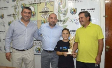 Mirolo recibió a Maximiliano Vázquez, el talentoso deportista bandeño