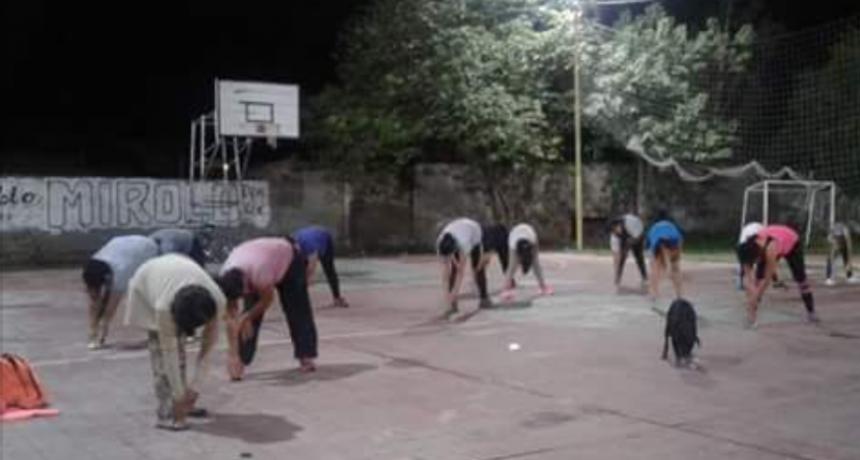 La comuna abrió en el Club Villa Unión un nuevo espacio para clases de gimnasia y apoyo escolar gratuito