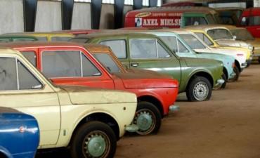¡Increíble! Un concesionario vende autos de hace 30 años pero 0km