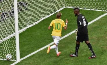 Brasil goleó a Camerún,  clasificó primero en el Grupo A y se medirá con Chile en octavos