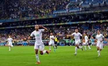 Argelia empató con Rusia y se clasificó a los octavos de final