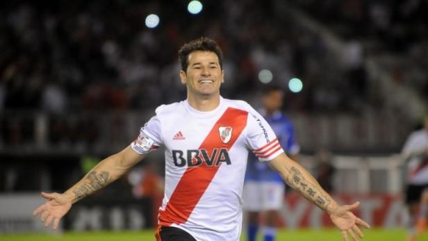 Al Nassr oficializó el arribo de Mora, quien se irá tras jugar la Copa Libertadores