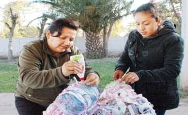 Vecinos del barrio Sarmiento aprenden a reciclar