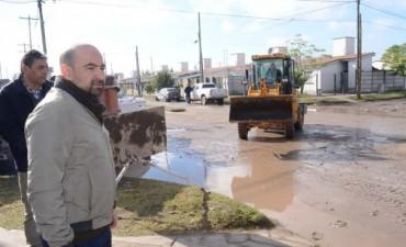 El intendente supervisó la obra repavimentación en el Bº 25 de Mayo 540 Viviendas