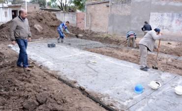 Mirolo destacó el avance de las obras de pavimentación en los barrios Matadero Viejo y Gorrini