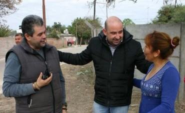 Entre aplausos y mensajes de apoyo, Mirolo recorrió Clodomira  y dialogó con vecinos