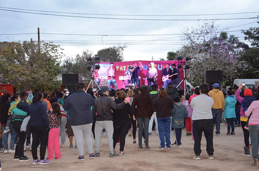Un domingo diferente en el barrio La Fraternidad con una nueva edición del Patio Cultural