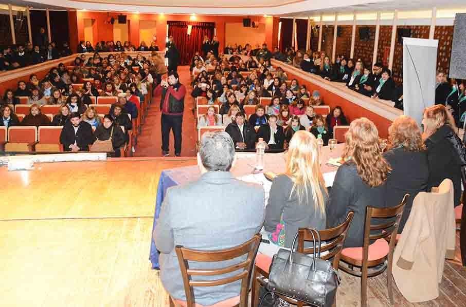 """El municipio y Asaim dictaron un taller sobre """"Diversidad en el aula"""""""