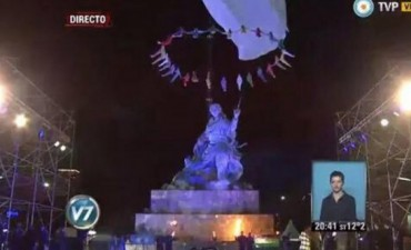 Junto a Evo Morales, Cristina Kirchner inauguró el monumento a Juana Azurduy