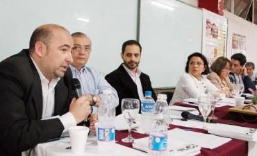 """Mirolo: """"Los santiagueños necesitamos comenzar a creer en una democracia en serio"""""""