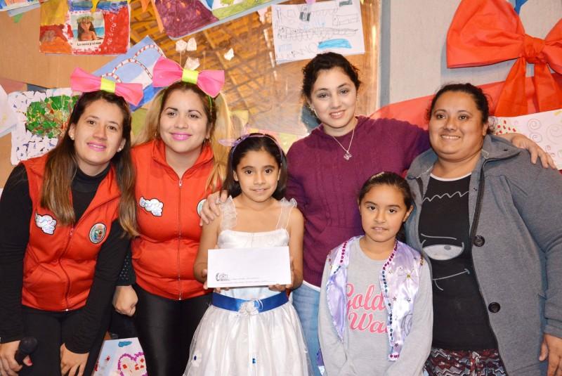 Con la entrega de premios finalizó el taller de pintura y dibujo organizado por la Oficina de la Niñez